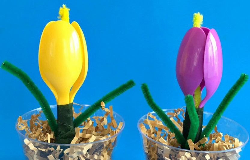 This blossomed flower craft looks just like a tulip!