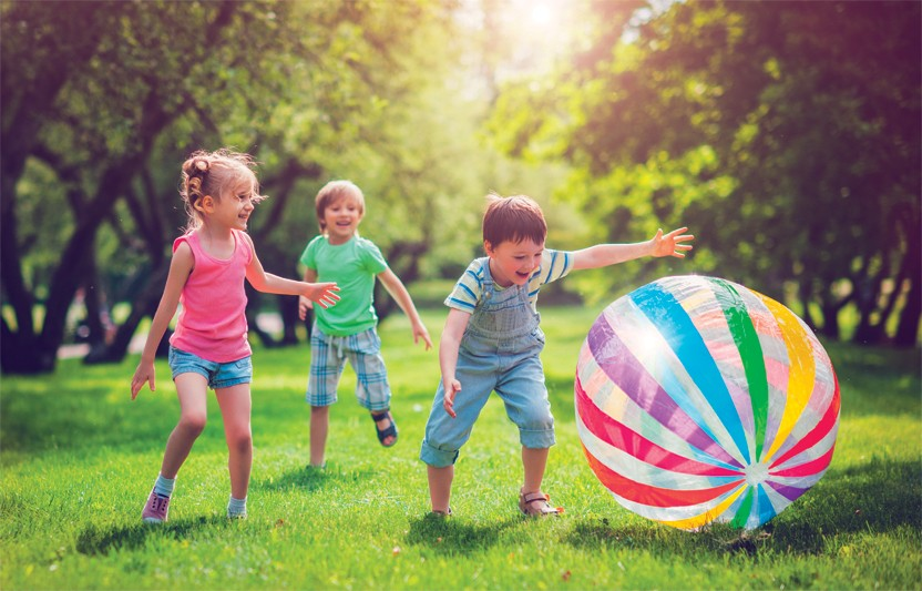 END-OF-SUMMER LAWN GAMES YOUR KIDS WILL LOVE