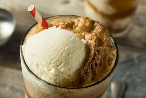 Kids in the Kitchen: Ice-Cream Floats